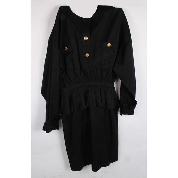 CHANEL Dresses & Skirts - Important Vintage Chanel Boutique Dress
